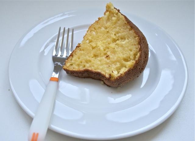 bolo de mandioca fatia
