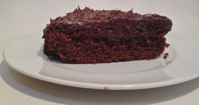 chocolate fudge cake fatia