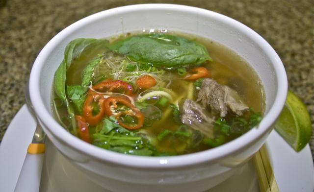 pho noodle soup 1