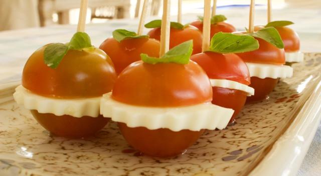tomatinhoscaprese