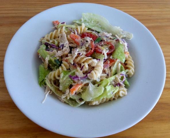 Salada de Macarrão - Pronta para comer