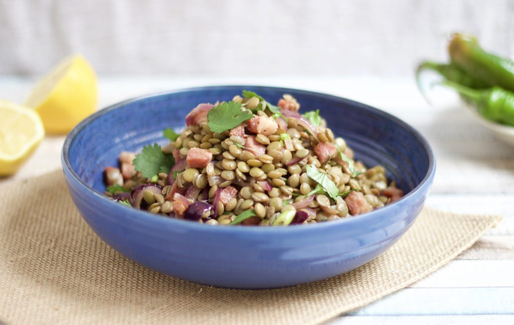 Salada de lentilhas e chorizo